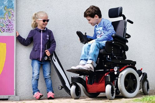 zippie-salsa-m2-power-wheelchair-lifestyle2