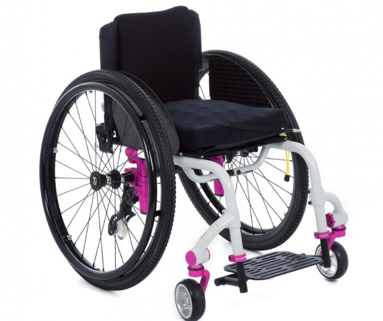 TiLite Twist manual rigid wheelchair static